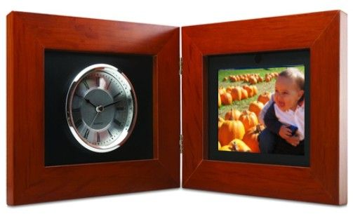 Coby Dp 5588 Deluxe 56 Digital Photo Frame With Clock Handsome