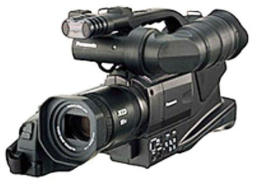 panasonic nv md10000en professional pal mini dv camcorder 3 ccd 2 5 rh salestores com Panasonic 3CCD Leica panasonic 3ccd video camera user manual