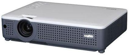 Sanyo Plc Xu75 Multimedia Lcd Projector 1024 X 768 Xga