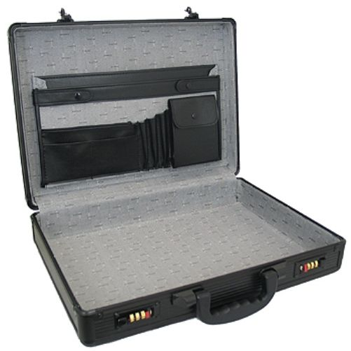 Superior Spc941 Aluminum Briefcase Inside Is A Luxurious
