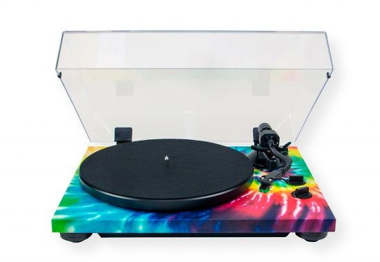 TEAC TN420 Turntable With Tie Die Colors; Psychodelic Rainbow; 2-speed Turntable including 33-1/3 and 45 RPM for LP/EP record playback; Unique Tie Dye finish; Built in phono equalizer amplifier for MM type cartridge (Line/Phono output switchable); USB digital output for transferring music from vinyl to Mac or PC; UPC 043774033409 (TN420 TN-420 TN420TEAC TN420-TEAC TN420-TURNTABLE TN420TURNTABLE)
