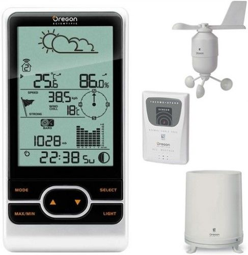 Oregon Scientific WMR86A Backyard Pro Wireless Weather Station; Iconic weather forecast (sunny, partly cloudy, cloudy, rainy, snowy); Indoor and outdoor temperature and humidity; Wind speed and direction; Barometric reading with bar graph; User selectable altitude and display in mb/hPa or mmhg; Rainfall reading with bar graph; UPC 734811709325 (WMR-86A WMR 86A WM-R86A)